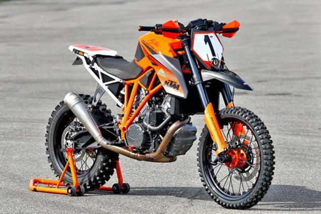 what-do-you-think-about-the-ktm-1290-super-enduro-that-will-take-on-the-2016-erzbergrodeo_3.jpg